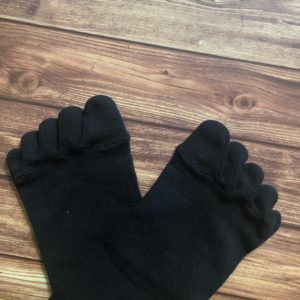 five toe socks picture