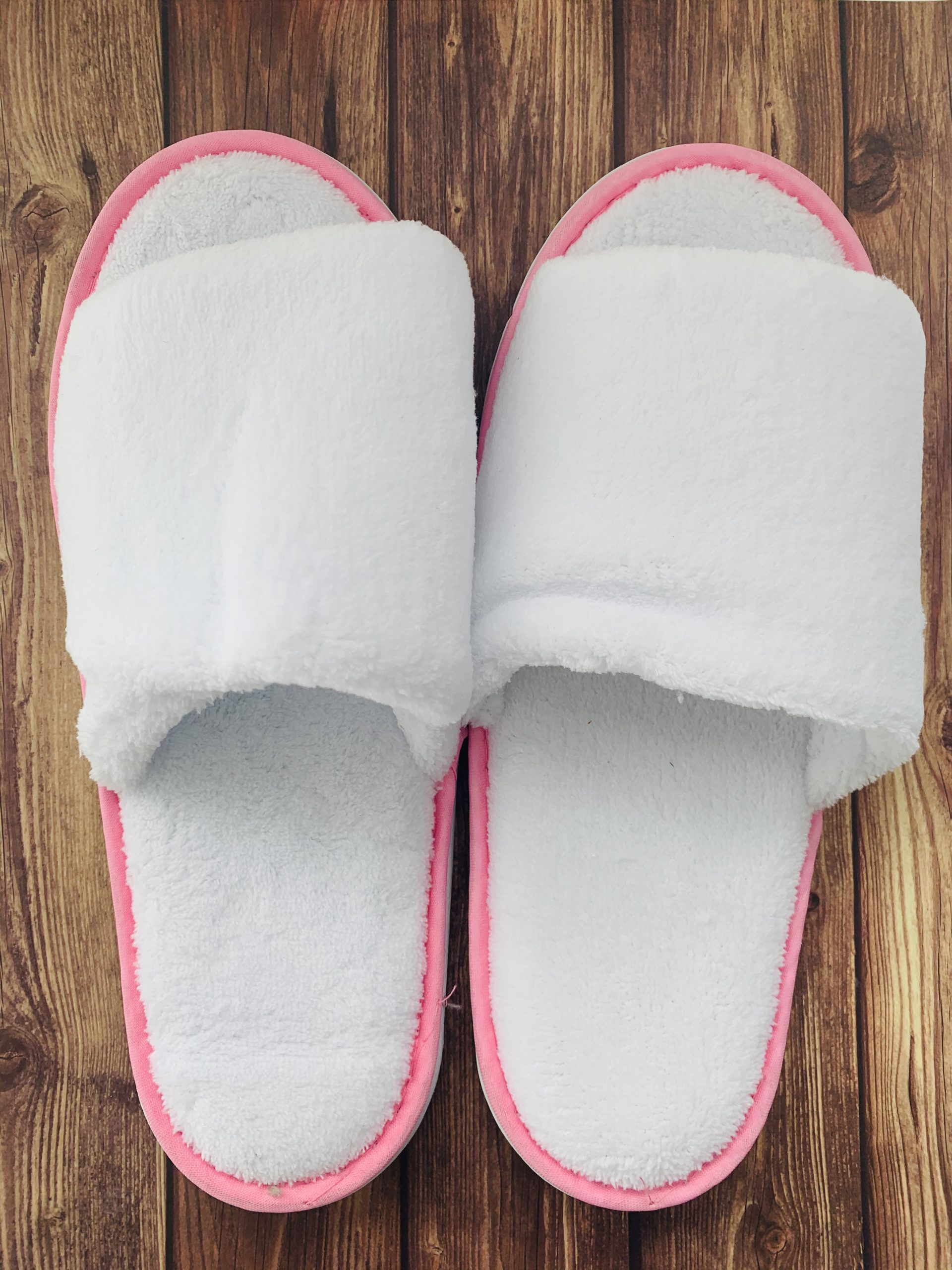 bath slippers picture